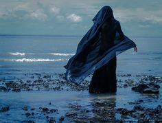 Mourning Jute Queen. The Jutes cremate their dead and many choose to spread their loved ones ashes on the coast of the Sea of Jute