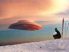 Lenticular cloud that looks like a UFO.