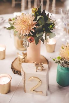 Whimsical and woodsy centerpiece | F2Studio