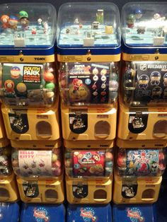 Wow. This is my 201st post on the blog. It is kind of fitting as gashapon were one of the first things I actually ordered from Japan 10 ye...