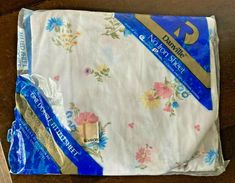 Vintage Dan River Floral Bouquet Double Bed Fitted Sheet No Iron NEW #DanRiver Vintage Bedding, Iron Sheet, Double Beds, Floral Bouquets, Dan, River, House Decorations, Full Beds, Flower Bouquets