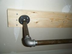 Detail - Ceiling Mount Pull Up Bar
