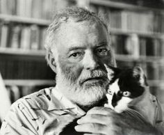 Ernest Hemingway 16 Famous Writers And Their Cats Ernest Hemingway, Hemingway Cats, Hemingway Quotes, Famous Movie Quotes, Quotes By Famous People, People Quotes, Cat Facts Text, Joyce Carol Oates, Polydactyl Cat