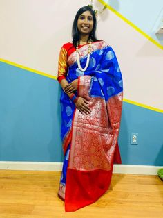 Bengal Looms Diva: Manasa from Massachusetts looking fabulous in her Semi Georgette Banarasi Saree from Bengal Looms. Thank you Manasa for sharing these beautiful pictures with us.