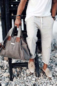 Hope this was helpful or inspiring for one of your summer looks my friends! Casual Boots, Casual Outfits, Men Casual, Men's Outfits, Casual Clothes, Work Clothes, Mdv Style, Street Style Magazine, Casual T Shirts