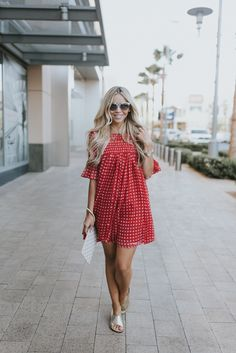 Red Gingham Shirt, Gingham Dress, Casual Maternity Outfits, Maternity Fashion, Cute Dresses, Casual Dresses, Plus Size Summer Outfit, Check Dress, Classy Casual
