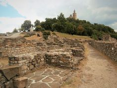 #travel to #bulgaria and #visit #Tsaravets, the #fortress of #velikotarnovo