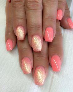 Coral nails. http://hubz.info/58/cute-nail-art-design