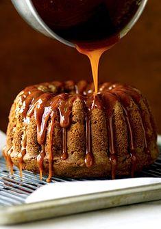 Trisha Yearwood's Fresh Apple Cake with Caramel Glaze (Bundt), Desserts, Cakes Apple Cake Recipes, Apple Desserts, Fall Desserts, Just Desserts, Delicious Desserts, Apple Cakes, Cookie Recipes, Dessert Recipes, Dessert Ideas