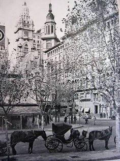 Edificio de La Inmobiliaria, Buenos AIres Neoclassical Architecture, Vintage Architecture, Latin America, South America, Montevideo, Fictional World, Old City, Belle Epoque, Uruguay