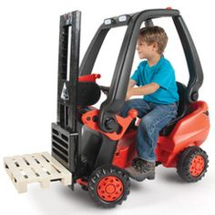 The Working Pedal Powered Forklift - Hammacher Schlemmer Great for receiving position