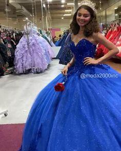 Sweet 16 Dresses Blue, Royal Blue Dresses, Mexican Quinceanera Dresses, Mexican Dresses, Quincenera Dresses Blue, Quinceanera Dances, Cinderella Quinceanera Dress, Formal Dresses, Quinceanera Ideas