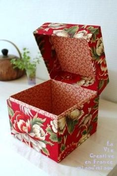 boîte en cartonnage - pour bébé - Japonaise-style - Provence-style - Noël - La boîte rouge - Cartonnage life - - -