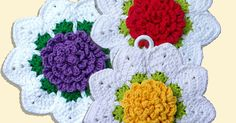 Free Crochet Potholder Patterns These are all links to Free Potholder Patterns. If there are any broken links or a fee for the pattern, please let me know and I will correct or remove it. Crochet Potholder Patterns, Crochet Dishcloths, Granny Square Crochet Pattern, Crochet Home, Free Crochet, Crochet Kitchen, Crochet Hot Pads, Crochet Chicken, Popular Crochet