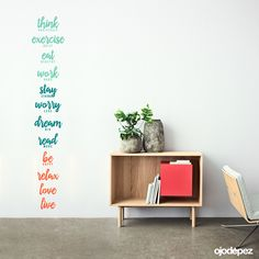 Vinilo decorativo Frase 027: Positive life. think positively, exercise daily, eat healthy, work hard, stay strong, worry less, dream big, read more, be happy, relax, love, live. Frases en vinilo Vinilos decorativos Frases Vinilos adhesivos Wall Art Stickers wall stickers