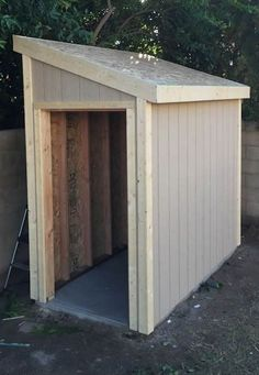 Shed Plans - Lean To shed plans with roof sheeting installed. The fascia trim is installed after the roof sheeting so it can be flush with the roof deck. - Now You Can Build ANY Shed In A Weekend Even If You've Zero Woodworking Experience! Lean To Shed Plans, Wood Shed Plans, Free Shed Plans, Shed Building Plans, Building A Deck, Bench Plans, Building Ideas, Building Design, Small Shed Plans