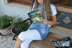 O απόλυτος οδηγός για καλοκαιρινά παιδικά βιβλία (+εκτυπώσιμο) Books, Kids, Young Children, Libros, Boys, Book, Children, Book Illustrations, Boy Babies