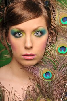 Eye Makeup Tips.Smokey Eye Makeup Tips - For a Catchy and Impressive Look Peacock Halloween Costume, Halloween Makeup, Halloween Ideas, Halloween Costumes, Halloween Party, Eye Makeup Tips, Makeup Art, Makeup Ideas, Fun Makeup