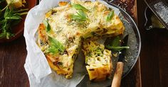 It's still very cheesy, but this wholesome pasta bake is full of green goodness too! Cheesy Pasta Bake, Broccoli Pasta Bake, Hummingbird Bread Recipe, Pork Casserole, Spinach Ricotta, Frozen Meals, How To Cook Pasta, Pasta Dishes, Food Inspiration