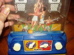 eu tinha esse aquaplay de basquete, azulzinho, igual!