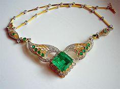 Thai emerald collar necklace.