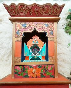 💕🍃 Treasurehunter collected herself a divine treasure for the #Home Sanctuary 🍃💕 Beautiful Wooden #Shrine #Artisan #handcraft from #Nepal with a @haveliarts #Buddha #Temple #artwork 💕🍃 For #Goodluck Blessings & Wishes 🍃💕 #Spiritual Guidance 💕🍃...