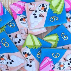 Olaf In Summer Cookies Olaf Cookies, Disney Cookies, Frozen Cookies, 2nd Birthday Party For Girl, Summer Birthday, Frozen Birthday, Summer Cookies, Cookies For Kids, Olaf Summer