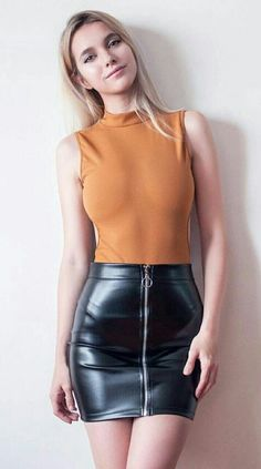 31 Amazing Black Hobble Skirt Ideas # - Mini Skirts - Ideas of Mini Skirts Mini Skirt Dress, Sexy Skirt, Sexy Outfits, Sexy Dresses, Fashion Outfits, Evening Dresses, Look Fashion, Girl Fashion, Womens Fashion