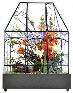 Little garden:  Terrarium   They look STUNNING! hpotter.com