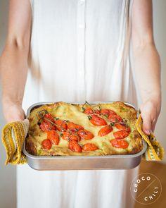 Vegaaninen soijarouhelasagne | Chocochili Finnish Recipes, Vegan Recipes, Vegan Food, Food Food, Daily Bread, Vegan Gluten Free, Pesto, Quiche, Nom Nom