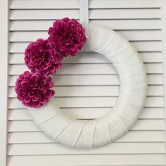 Modern Pink Spring Wreath, Modern Wreath with Pink Flowers, White and Pink Wreath - pinned by pin4etsy.com