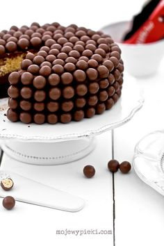 Double Chocolate Cake with Malteserami and Coffee Cream Chocolate