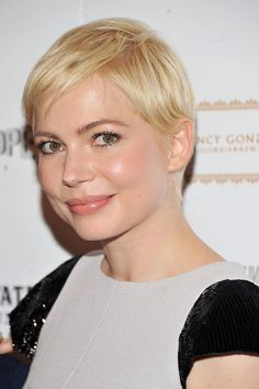 Michelle Williams Pixie - Short Hairstyles Lookbook - StyleBistro