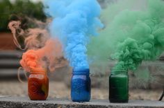 I've started to notice all sorts of colored smoke photography emerging across the internet lately, and I find. Hipster Grunge, Grunge Hippie, Smoke Bomb Photography, Band Photography, Stunning Photography, Indie, Tumblr, Green Magic, Colored Smoke