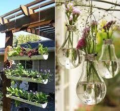 Resultado de imagem para decoração de jardim com materiais reciclaveis