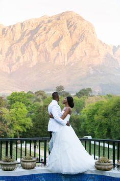 Chignon Wedding, Wedding Bride, Wedding Venues, Luxury Wedding, Dream Wedding, Wedding Dreams, Quinceanera Hairstyles, Prom Hairstyles, Black Marriage