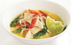 Thai Green Chicken Curry Serve with steamed rice to soak up the flavorful sauce. Diet Recipes, Chicken Recipes, Cooking Recipes, Healthy Recipes, Thai Cooking, Yummy Recipes, Chicken Ideas, Recipe Chicken, Gourmet