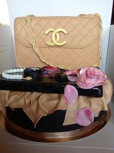a touch of class  Cake by maria antonietta amatiello