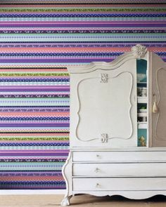 Brian Yates Pretty Nostalgic (158107). Roomset shown in same or different colourway.