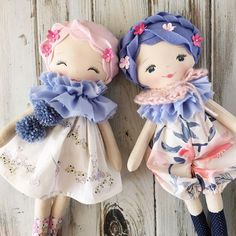 Awww...these two  #availablesunday #spuncandydolls #restocktomorrow #handmaderagdolls #pinkhairdontcare #lavenderhair #handmadedolls #etherealspringcollection
