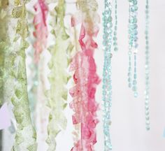 Little Mermaid Party - hanging paper (?) as seaweed