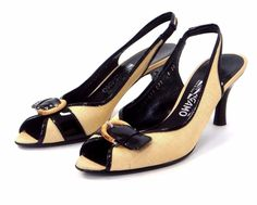 Salvatore Ferragamo Slingback Heels 8 AA Peep Toe Shoes Beige Straw Rattan Black #SalvatoreFerragamo #Slingbacks