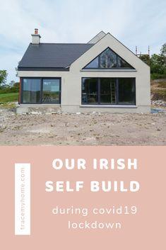 Country Home Exteriors, Modern Bungalow Exterior, Modern Bungalow House, Cottage Exterior, House Designs Ireland, Houses In Ireland, House Facades, Facade House, Building Ideas