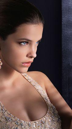 Barbara Palvin, Beautiful Models, Beautiful Eyes, Most Beautiful Women, Brunette Beauty, Beauty Women, Victoria's Secret, Glamour, Outfit