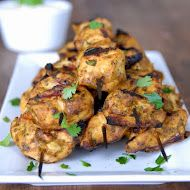 kumquat: Recipe Redux: Grilled Tandoori Chicken Skewers I think it'd be great to double and freeze an uncooked portion to use at another time. Grilled Tandoori Chicken, Tandori Chicken, Fodmap Recipes, Gluten Free Recipes, Healthy Recipes, Healthy Dinners, Healthy Options, Yummy Recipes, Marsala