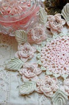 Crochet doily by Irani Khamis