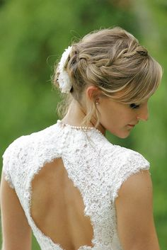 short wedding hairstyle ideas 35