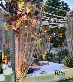 Bamboo Mandaps That Are Not Only Eco-Friendly, But Fancy Too! Indian Wedding Receptions, Indian Wedding Planning, Wedding Mandap, Wedding Planning Websites, Indian Weddings, Peach Weddings, Hindu Weddings, Night Wedding Decor, Desi Wedding Decor