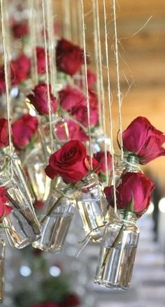 Wedding Roses Rosas vermelhas esta no alge. - A rustic Valentine's Day wedding inspiration board perfect for a winter barn wedding with lots of red wedding details! Wedding Bride, Wedding Reception, Wedding Flowers, Wedding Day, Wedding Vintage, Reception Ideas, Wedding Scene, Rustic Wedding, Wedding Table