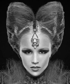 Avant Garde Hairstyles - Page 28